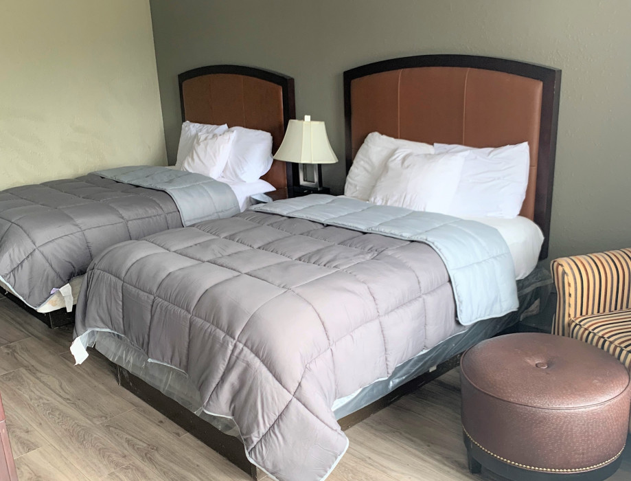 2 Double Beds - Smoking